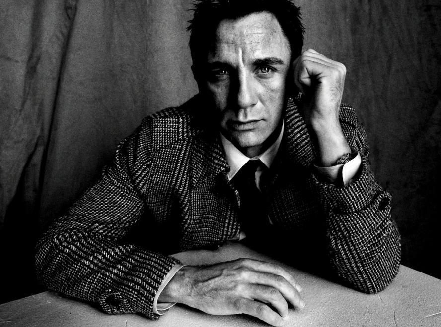 Tom Munro - Daniel Craig
