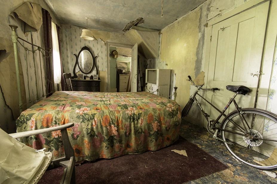 Bedroom in a well hidden abandoned house in Ontario