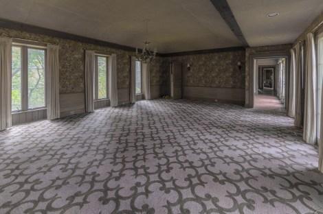 Abandoned Ontario Mansion-59.jpg