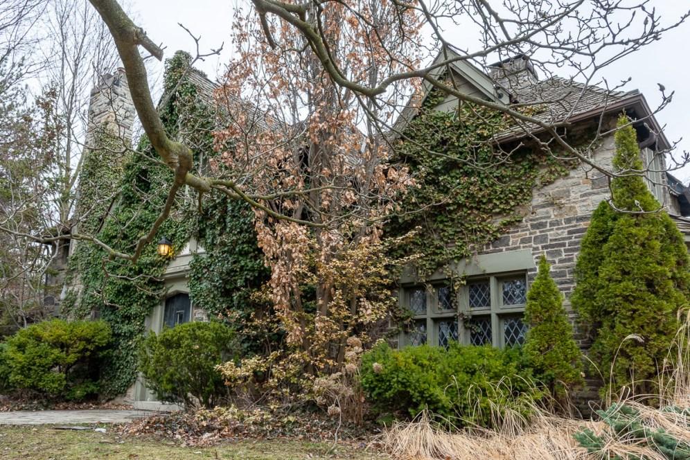 exploring abandoned castle mansion