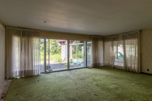 abandoned 1970s mansion