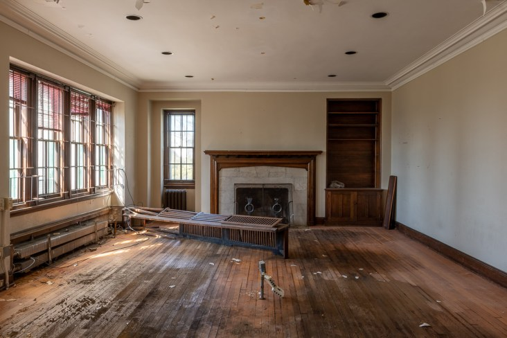 Exploring an ABANDONED 19th Century Stone Mansion