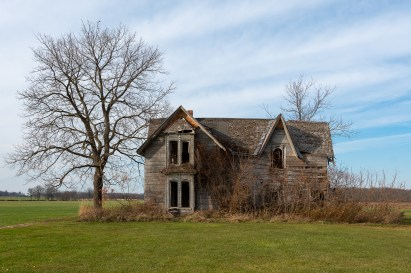 guyitt house canadas most photographed abandoned house