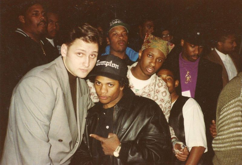 Check out this link –> http://www.hiphopisread.com/2012/04/secret-meeting -that-changed-rap-music.html?m=1