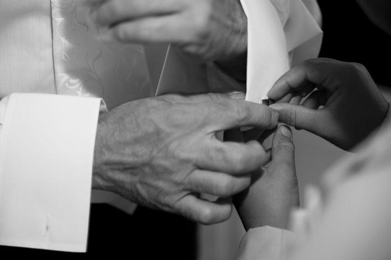 habillage bouton de manchette marié