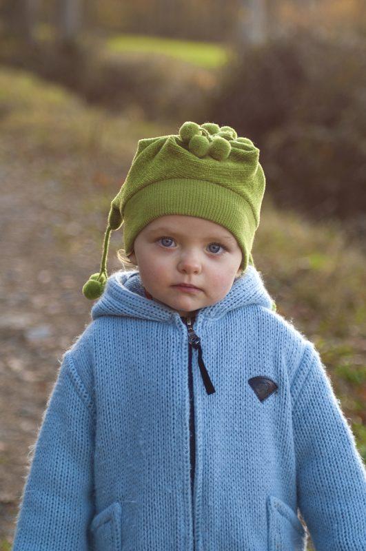 portrait d'enfant dans la nature