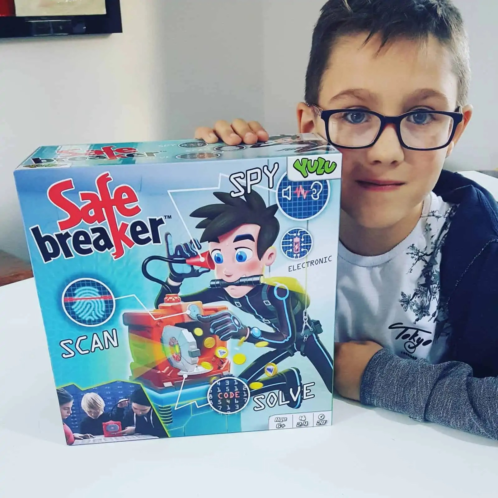 Safe Breaker Game Review