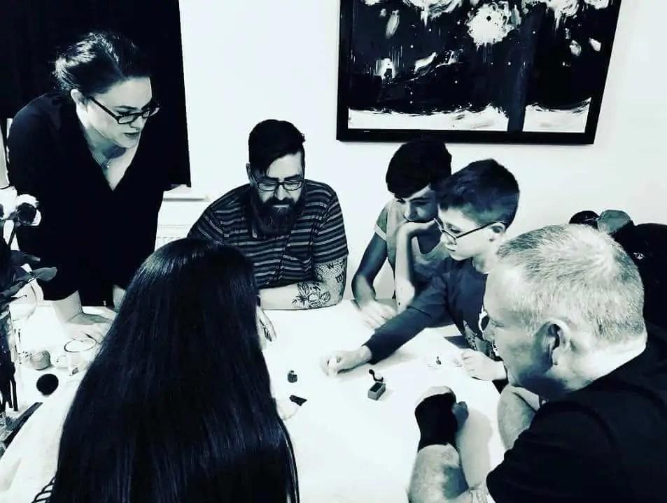 Playing Geistes Blitz with family
