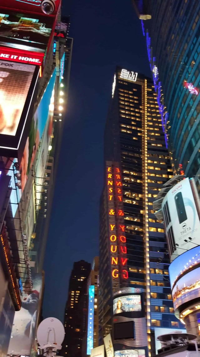 New York at Night - New York in a day