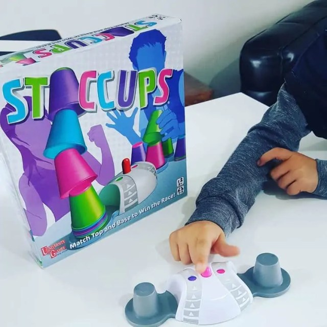Staccups Play
