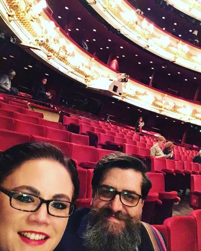 Waiting for Carmen at ROH