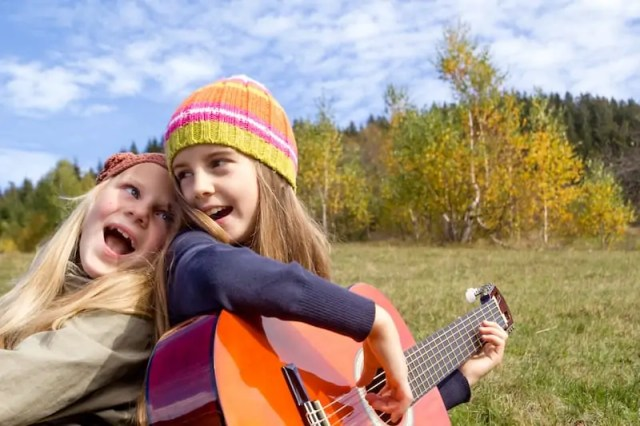Moosiko: Online Guitar Lessons for Kids to Enjoy in your Homeschool