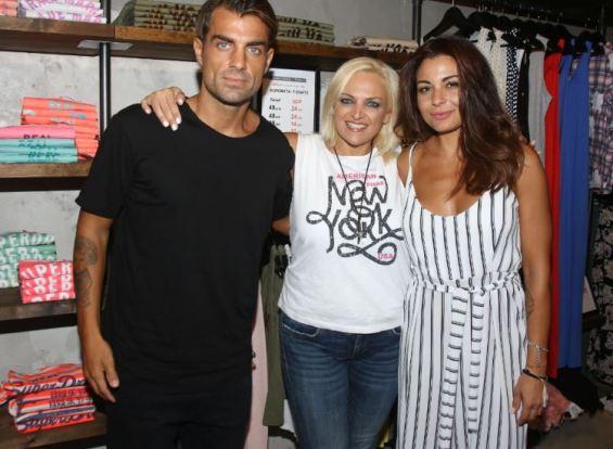 Λαμπίρη: Summer Party στο κατάστημά της στην Κόρινθο (Εικόνες)