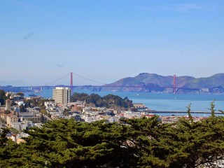Le Golden Gate Bridge vu de Coit Tower