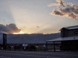 Coucher de soleil à Stovepipe