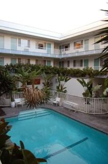 Le Beverly Laurel Hotel de jour