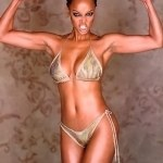 "Tyra Banks Sorry for Top Model Promo Praising ""Skinny Waist"" Model + Janice Dickinson Sounds Off!"
