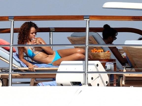 Rihanna sex tape video het sex vadios