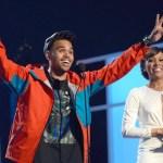 {Watch} 2012 Billboard Music Awards Live Performances : Billboard Show Photos