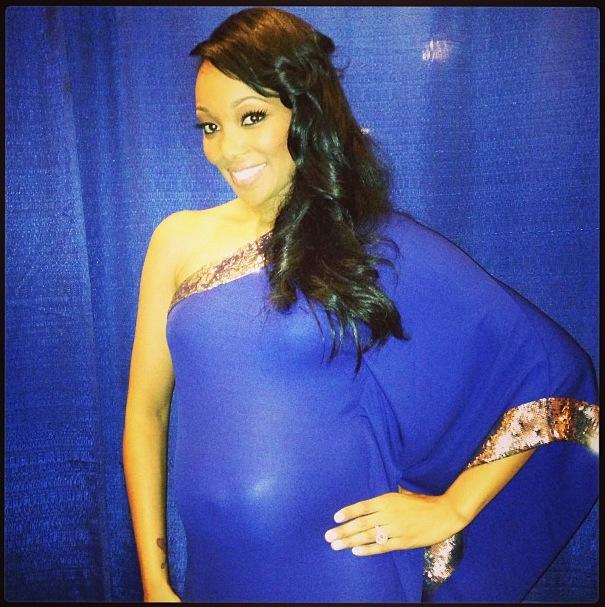 monica-shannon-brown-pregnant-photos