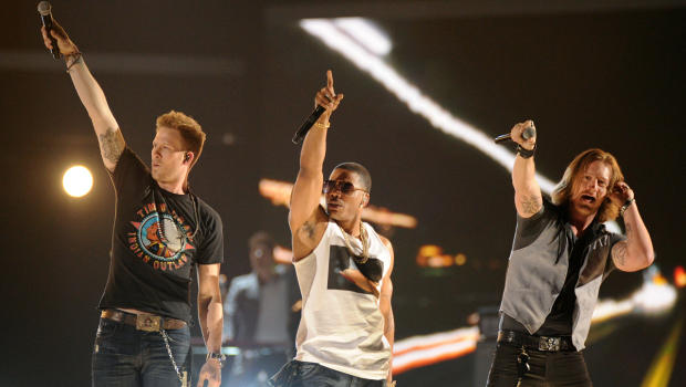 nelly-cmt-awards