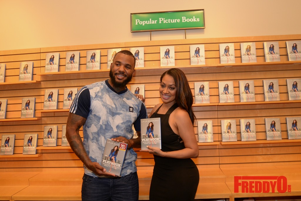 lala-book-signing-atlanta-8347