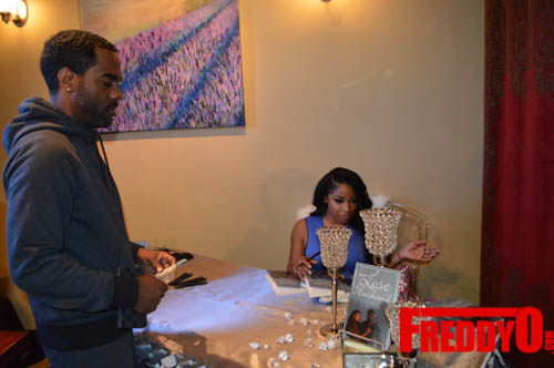 toya-wright-atlanta-how-to-lose-a-husband-book-signing-freddyo-105