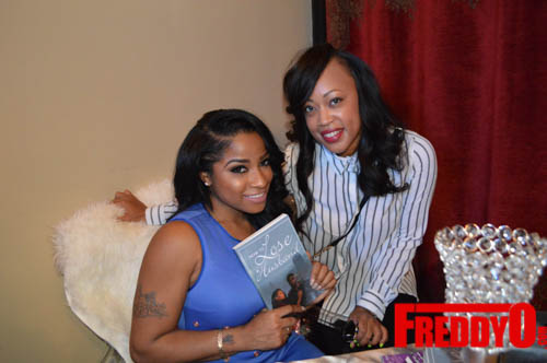 toya-wright-atlanta-how-to-lose-a-husband-book-signing-freddyo-117