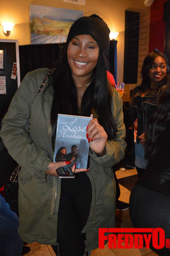 toya-wright-atlanta-how-to-lose-a-husband-book-signing-freddyo-149