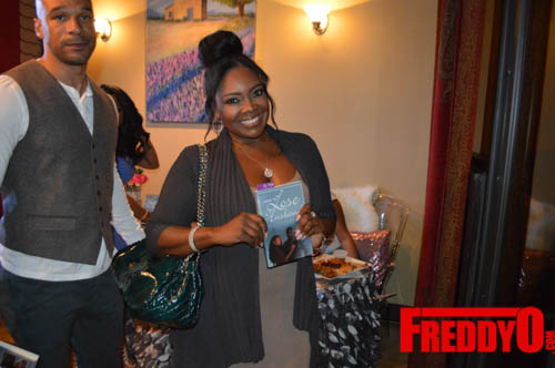toya-wright-atlanta-how-to-lose-a-husband-book-signing-freddyo-166