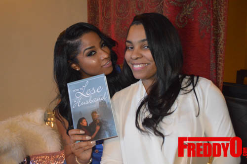 toya-wright-atlanta-how-to-lose-a-husband-book-signing-freddyo-235
