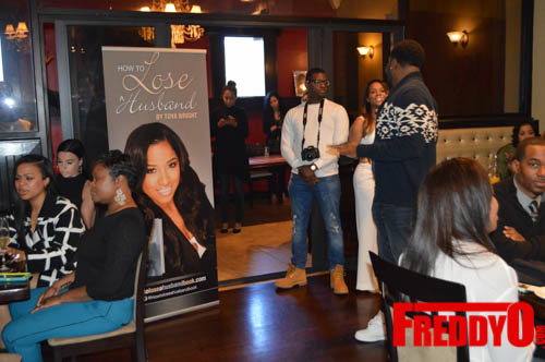 toya-wright-atlanta-how-to-lose-a-husband-book-signing-freddyo-31
