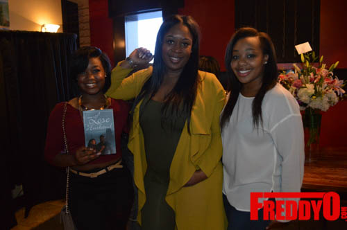 toya-wright-atlanta-how-to-lose-a-husband-book-signing-freddyo-6