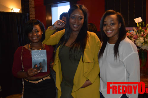 toya-wright-atlanta-how-to-lose-a-husband-book-signing-freddyo-7