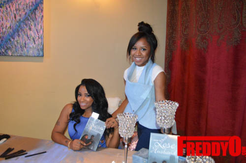 toya-wright-atlanta-how-to-lose-a-husband-book-signing-freddyo-79