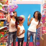 """Atlantas Very Own Makogirls Heated Up The Scene With Their Second Annual """"Glow Party"""""""