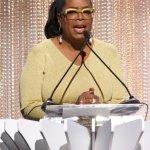 Alicia Keys presents new entertainment award to Oprah Winfrey