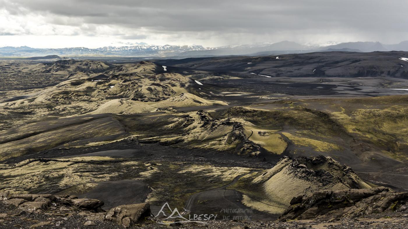 Des volcans sur 27 km de long (Lakagigar) n°0819