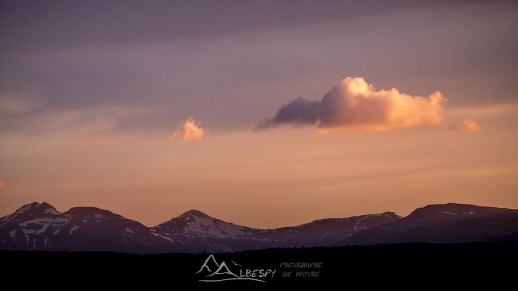 Coucher du soleil sur les Monts du Cantal n°0409