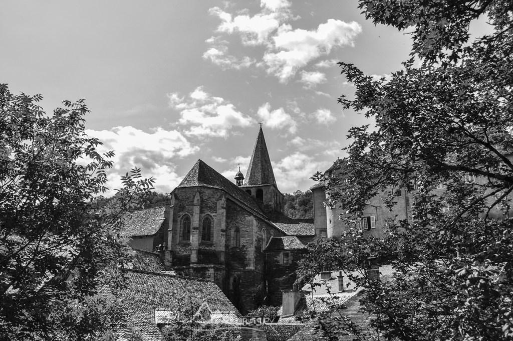 Estaing (Plus beaux villages de France) n°1111
