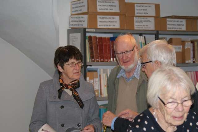 Celebert lokalhistorisk besøg ved Arkivernes dag, her forfatterparret Rosa og Anders Engelbrecht (Foto: Claes Andersen)