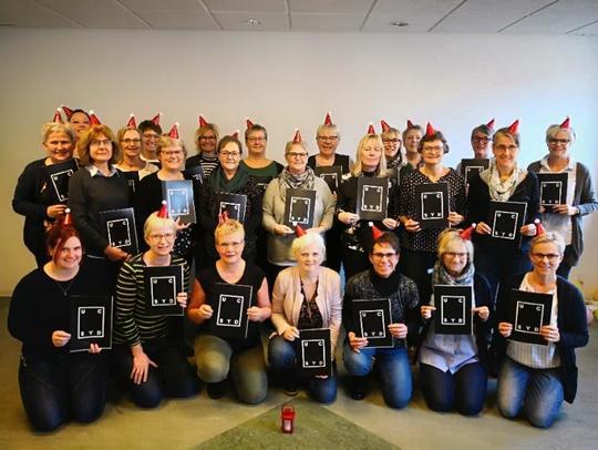 23 dagplejere har givet sig selv en tidlig julegave, som de dog har måtte arbejde for.