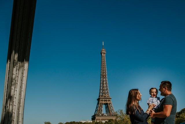 photographie famille pont bir hakeim paris