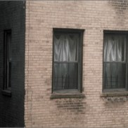 Au réveil, deux fenêtres, New York, photo, Blaize