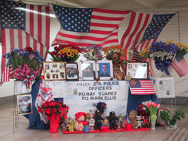 Fallen Officers Shrine, March, 2002, photo by Fred Hatt
