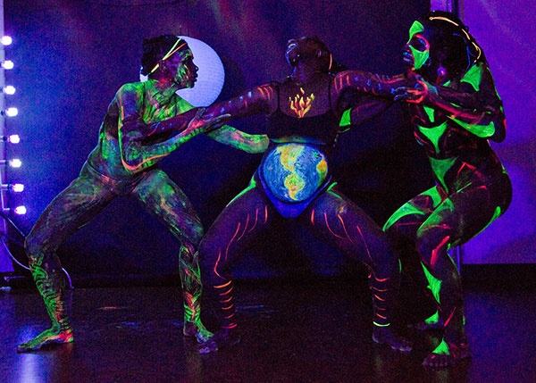 Gaia Rebirth, 2012, performance by the Artist Dream Family, bodypaint and photo by Fred Hatt