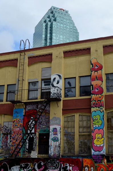 5 Pointz and Citicorp Tower, Long Island City, Queens, New York, photo by Fred Hatt