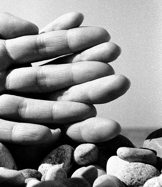 Hands on the Beach, 1959, photo by Bill Brandt