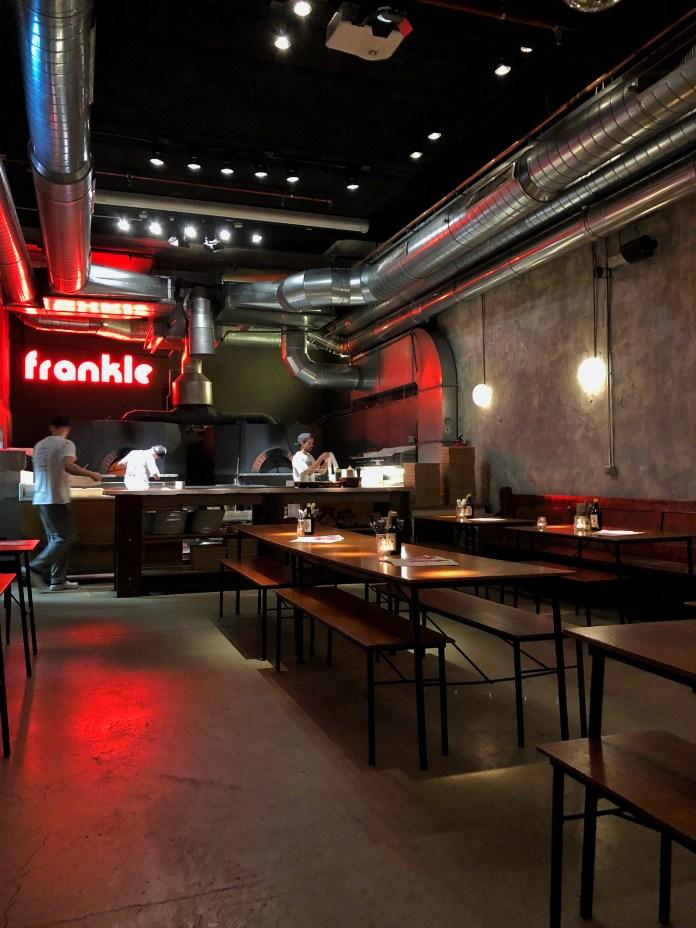 Frankie Gallo: Salle Principale