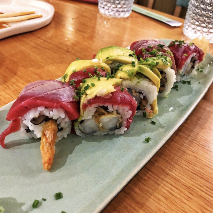 Mood Restaurant & Sushi Bar : California Roll